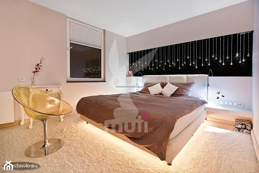 Oświetlenie Sypialni E Technologia Zdjęcie Od E