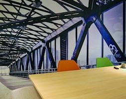 biuro w Poznaniu - Małe szare biuro kącik do pracy, styl minimalistyczny - zdjęcie od Archideko