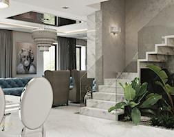 Rezydencja pod Warszawą - hol i schody w stylu New York Glamour. - zdjęcie od JUSTYNA TATYS LUXURY INTERIORS - Homebook
