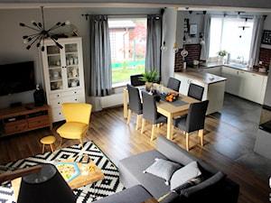 Dom w Gajkowie - jadalnia i salon - zdjęcie od Architekt Wnętrz - Kalina Droździok