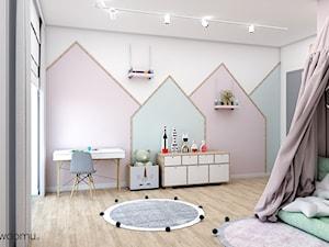 pokój małej księżniczki - Duży biały różowy niebieski pokój dziecka dla dziewczynki dla ucznia dla malucha dla nastolatka, styl skandynawski - zdjęcie od wnetrzewdomu
