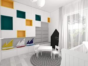 Żółte akcenty na warszawskiej Woli - Średni biały pokój dziecka dla chłopca dla dziewczynki dla ucznia dla niemowlaka - zdjęcie od IDI Studio