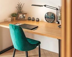 Aranżacje - Białe biuro kącik do pracy, styl art deco - zdjęcie od GTV - Homebook