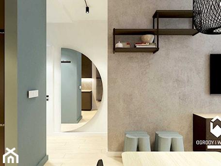 Aranżacje wnętrz - Salon: Widok na korytarz i betonową ścianę w salonie - KAROLINA POPIEL - ARCHITEKURA WNĘTRZ. Przeglądaj, dodawaj i zapisuj najlepsze zdjęcia, pomysły i inspiracje designerskie. W bazie mamy już prawie milion fotografii!