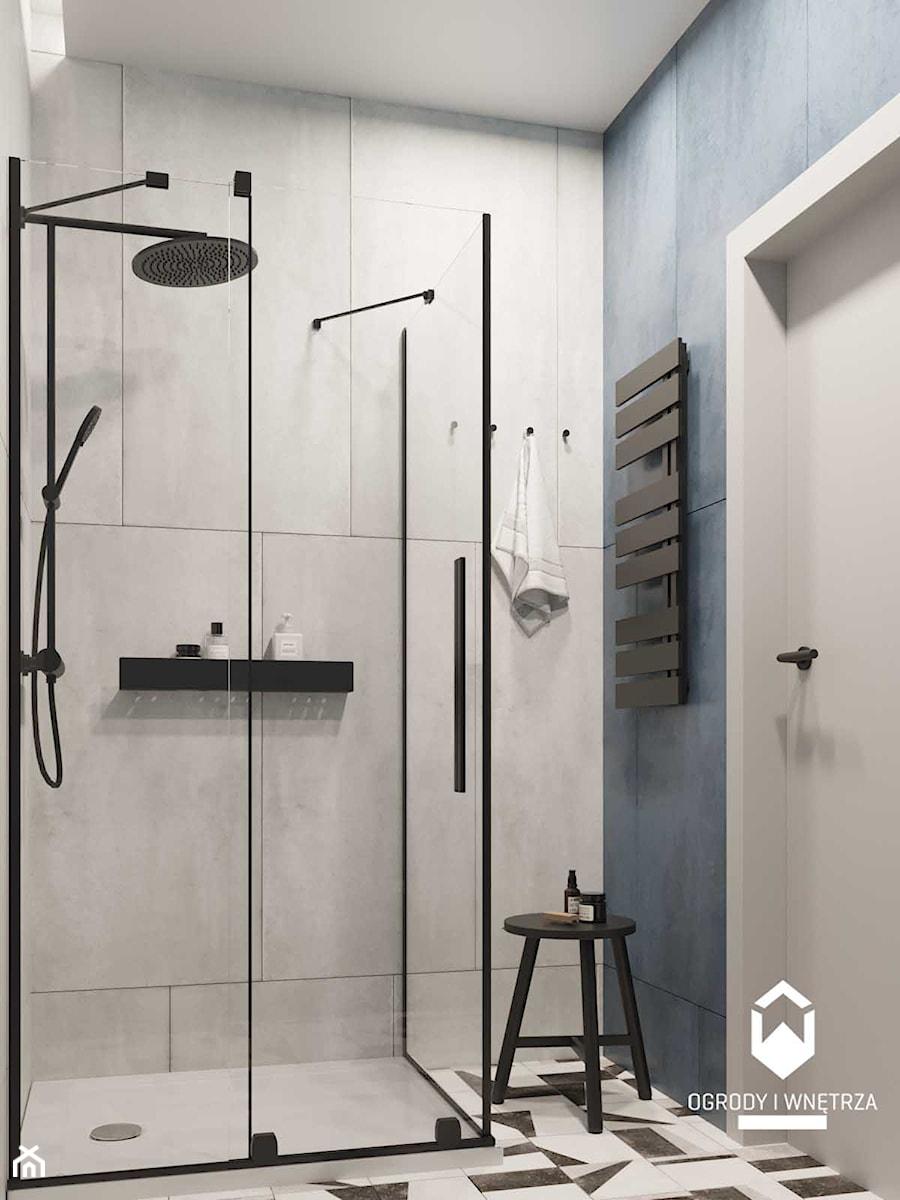 łazienka z granatowymi płytkami - zdjęcie od KAROLINA POPIEL - ARCHITEKURA WNĘTRZ