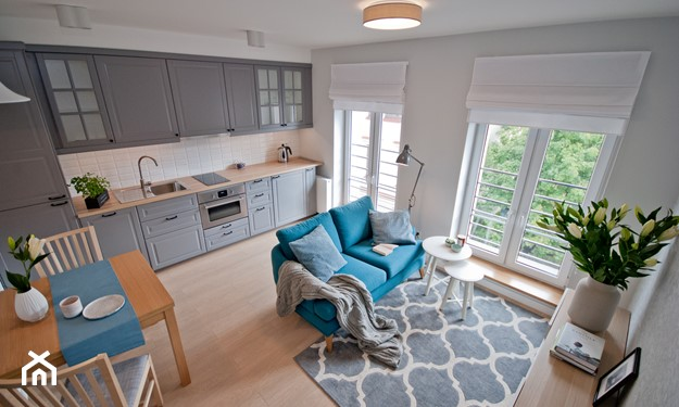 panele drewniane w małym mieszkaniu