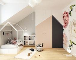 Dom pod Krakowem II - Średni biały szary pokój dziecka dla dziewczynki dla malucha, styl skandynaws ... - zdjęcie od KAROLINA POPIEL - ARCHITEKURA WNĘTRZ - Homebook