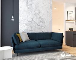 Salon z wygodną sofą. - zdjęcie od OGRODY I WNĘTRZA - KAROLINA POPIEL