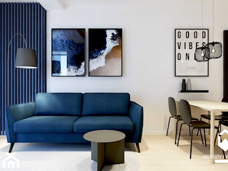 Aranżacje wnętrz - Salon: Salon z granatową ścianą lamelową - KAROLINA POPIEL - ARCHITEKURA WNĘTRZ. Przeglądaj, dodawaj i zapisuj najlepsze zdjęcia, pomysły i inspiracje designerskie. W bazie mamy już prawie milion fotografii!