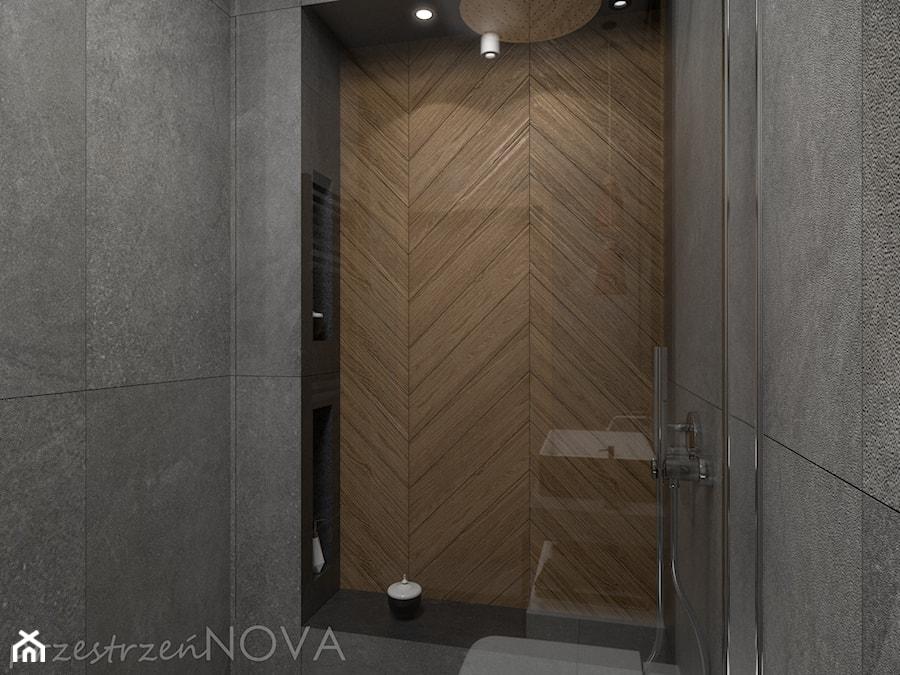 Wąska łazienka z prysznicem walk-in - Mała szara łazienka w bloku w domu jednorodzinnym bez okna, s ... - zdjęcie od przestrzeńNOVA