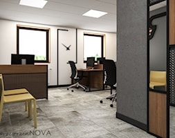 Przestrzeń biurowa firmy Repablo - Duże szare białe biuro pracownia w pokoju, styl industrialny - zdjęcie od przestrzeńNOVA - Homebook