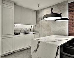 Apartament na wynajem w Kołobrzegu 2 - Średnia otwarta kuchnia jednorzędowa z wyspą, styl industrialny - zdjęcie od WKWADRAT - PRACOWNIA ARANŻACJI WNĘTRZ