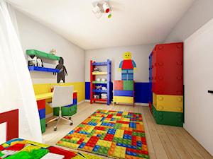 Pokój Lego - Średni szary żółty niebieski pokój dziecka dla chłopca dla malucha, styl nowoczesny - zdjęcie od Sharing4Kids
