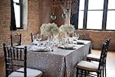 sylwestrowa stylizacja stołu w klimacie glam