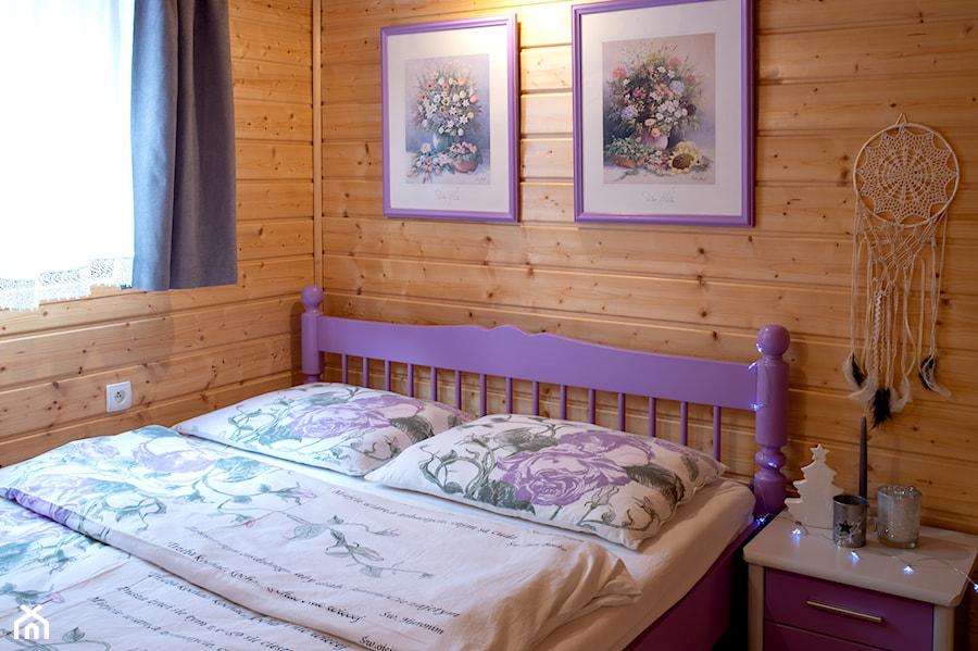 święta Bozego Narodzenia W Drewnianym Domku Sypialnia
