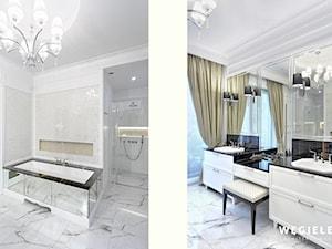 Apartament Morskie Oko - Duża biała łazienka w domu jednorodzinnym jako salon kąpielowy z oknem, styl klasyczny - zdjęcie od Węgiełek Architekci Wnętrz