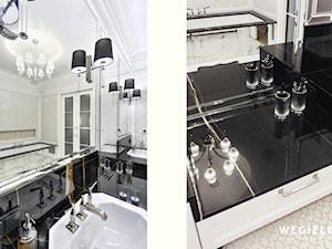 Apartament Morskie Oko - Średnia szara łazienka w bloku w domu jednorodzinnym bez okna, styl klasyczny - zdjęcie od Węgiełek Architekci Wnętrz