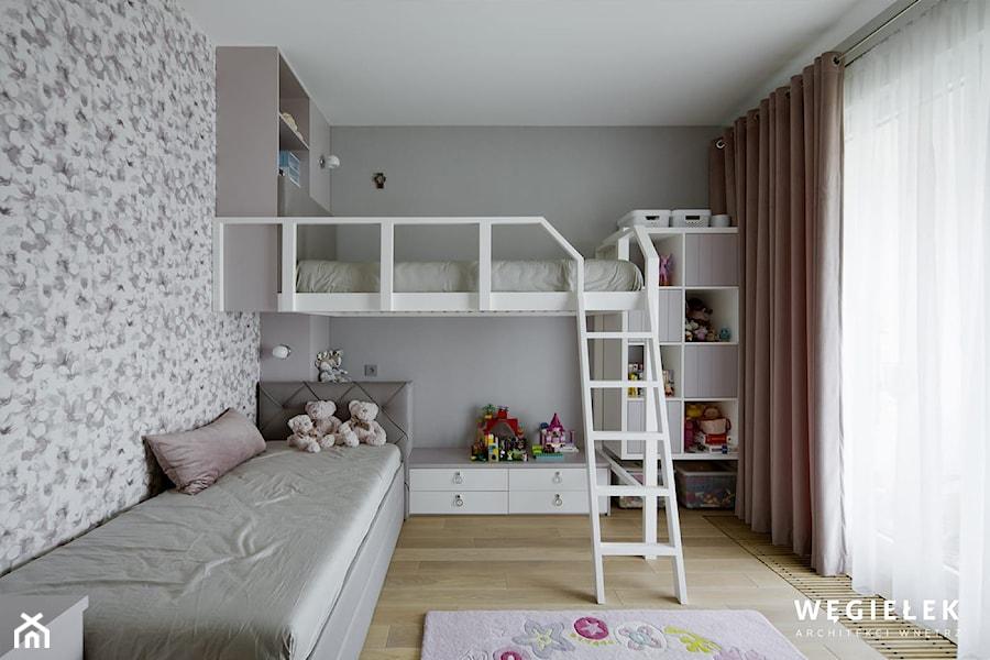 Pokój dziewczynek - Duży szary pokój dziecka dla chłopca dla rodzeństwa dla malucha - zdjęcie od Węgiełek Architekci Wnętrz