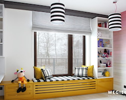 Dom pod Konstancinem - Mały biały kolorowy pokój dziecka dla chłopca dla dziewczynki dla ucznia dla ... - zdjęcie od Węgiełek Architekci Wnętrz - Homebook