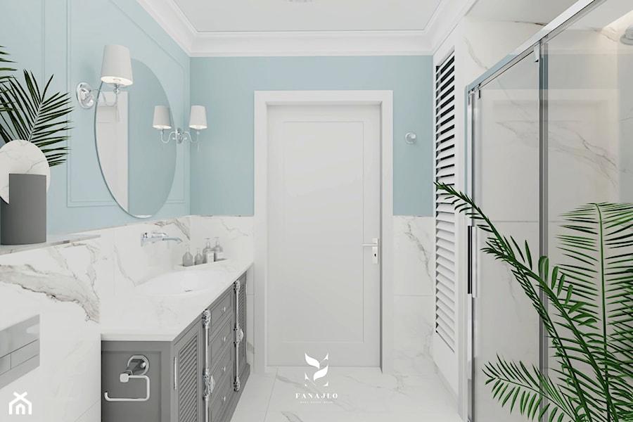 Łazienka z błękitem w roli głównej - zdjęcie od FANAJŁO Home Design Decor