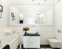 %C5%81azienka+black+and+white+-+zdj%C4%99cie+od+FANAJ%C5%81O+Home+Design+Decor