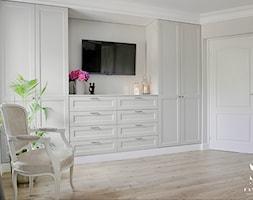 Sypialnia+w+stylu+Hampton+-+zdj%C4%99cie+od+FANAJ%C5%81O+Home+Design+Decor