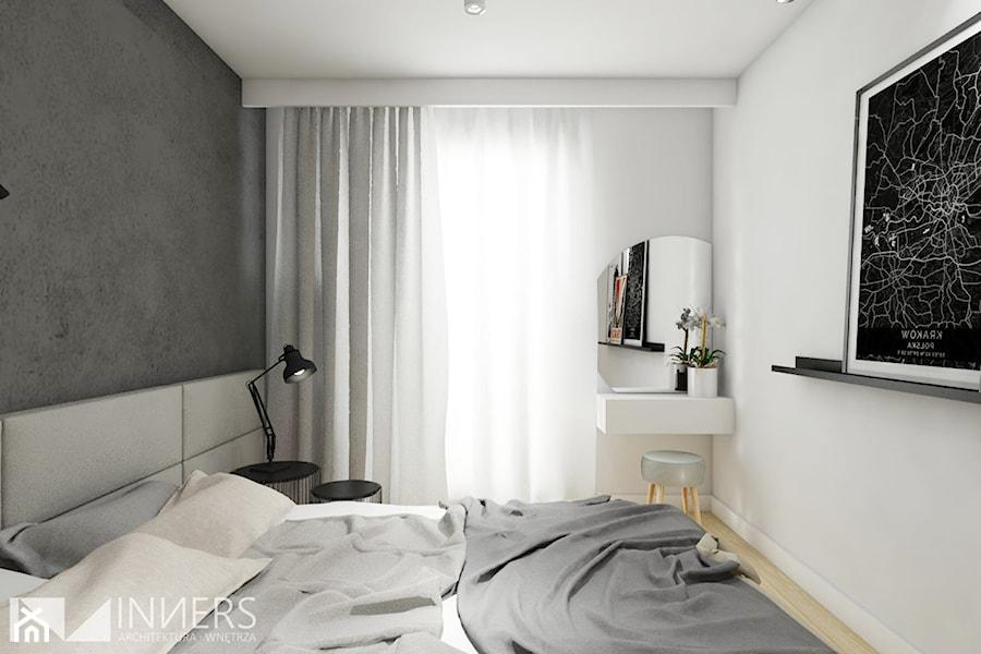 Mieszkanie 77m2, Apartamenty Novum, ul. Rakowicka 20, Kraków - Mała biała szara sypialnia małżeńska, styl nowoczesny - zdjęcie od INNers - architektura wnętrza