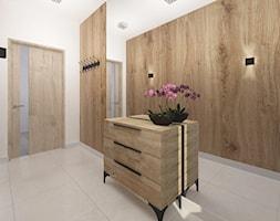 Biuro spedycji - Średni biały beżowy hol / przedpokój, styl tradycyjny - zdjęcie od Studio Archi S