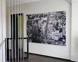 Schody+-korytarz+-+zdj%C4%99cie+od+Studio+Projektowe+HOKO+GROUP