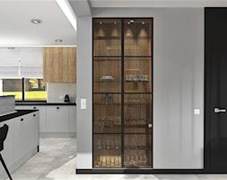 Kuchnia z podświetloną witryną - zdjęcie od MG Design - Homebook