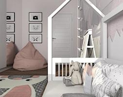 Pokój Dominiki - Mały biały szary pokój dziecka dla dziewczynki dla malucha, styl skandynawski - zdjęcie od MG Design