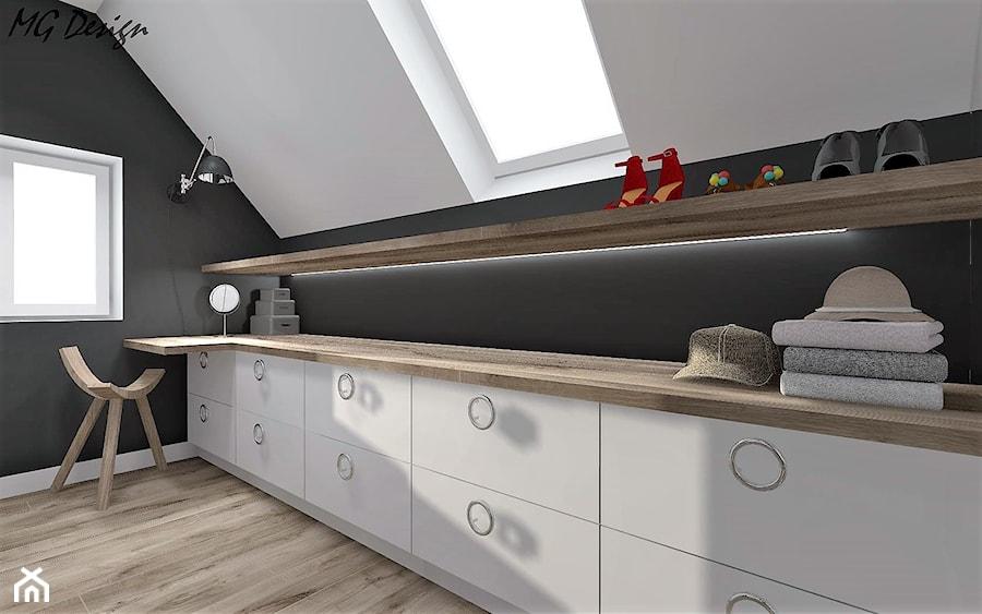 Aranżacje wnętrz - Garderoba: Dom w Lędzinach - Mała garderoba z oknem na poddaszu, styl nowoczesny - MG Design. Przeglądaj, dodawaj i zapisuj najlepsze zdjęcia, pomysły i inspiracje designerskie. W bazie mamy już prawie milion fotografii!
