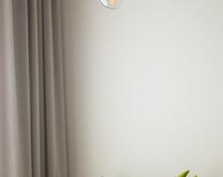 Kawalerka w zabytkowej kamienicy - Salon, styl eklektyczny - zdjęcie od DEMBOWSKA / JAGIEŁŁO studio architektury - Homebook