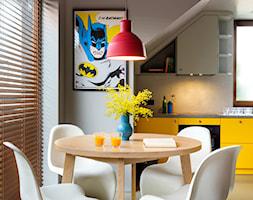 Apartament z kolorem - Jadalnia, styl nowoczesny - zdjęcie od Loftstudio - Homebook