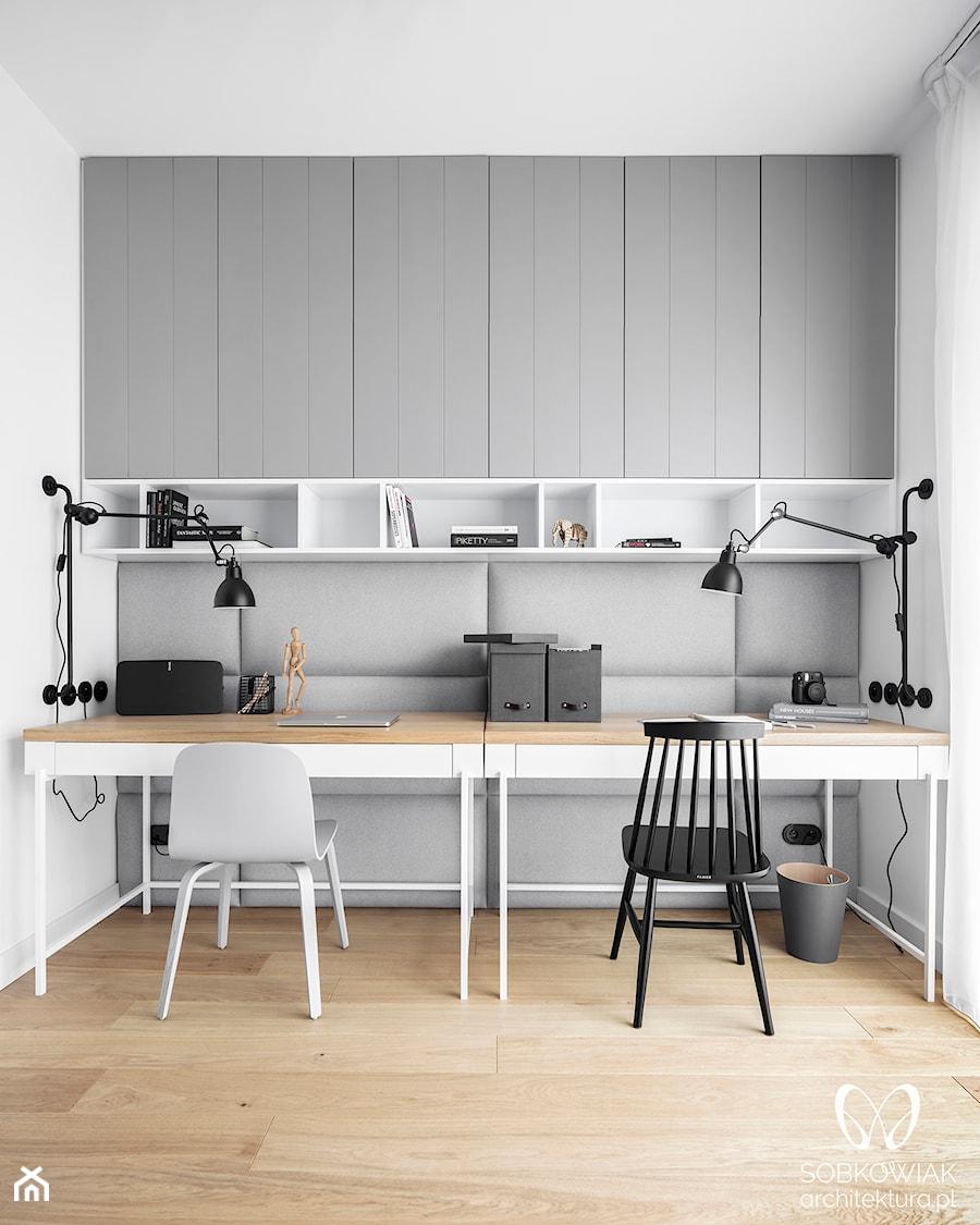 Domowe biuro, przytulne miejsce pracy - zdjęcie od Sobkowiak Architektura