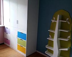 meble darstol - zdjęcie od łóżka na antresoli - darstol