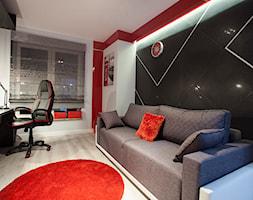 Nowoczesny segment w Lublinie - Średni biały czerwony czarny pokój dziecka dla chłopca dla dziewczynki dla ucznia dla nastolatka, styl nowoczesny - zdjęcie od Piękne Wnętrza Agata Smolińska