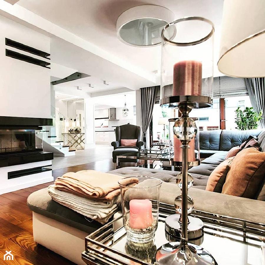 Piękny Dom W Warszawie średni Szary Biały Salon Z Kuchnią