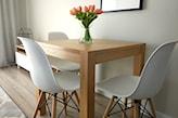 stolik do kuchni w niewielkim rozmiarze