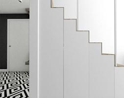 Schody+-+schowek+i+ukryte+biuro+-+zdj%C4%99cie+od+Pracownia+Architektury+Alicja+Sawicka