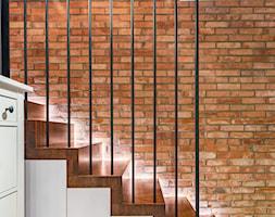 APARTAMENT - KRAKÓW - BULWAROWA - Schody, styl industrialny - zdjęcie od ARCHITEKTURA WNĘTRZ ALEKSANDRA MICHALAK - Homebook