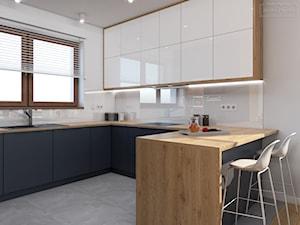 Dom w Tarnowskich Górach - Średnia otwarta biała kuchnia w kształcie litery u z oknem, styl nowoczesny - zdjęcie od Studio Projektowe Zgodnie Z Planem
