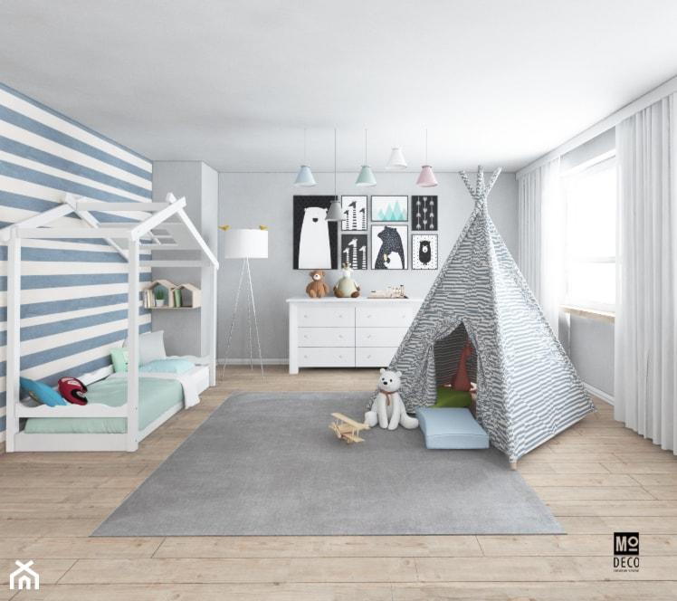 Pokój chłopca w domu pod Warszawą - Średni biały szary pokój dziecka dla chłopca dla dziewczynki dla malucha, styl klasyczny - zdjęcie od Modeco Magda Olszewska - Architektura wnętrz