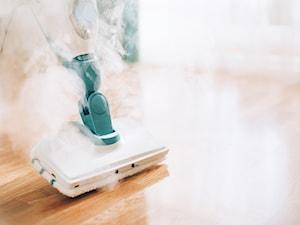 Mop parowy – jaki wybrać i do jakich powierzchni używać?