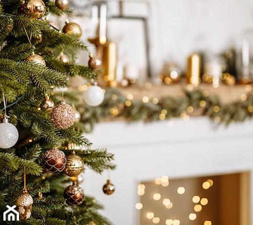Dekoracje z bombek – 5 pomysłów na nietypowe ozdoby z bombek świątecznych