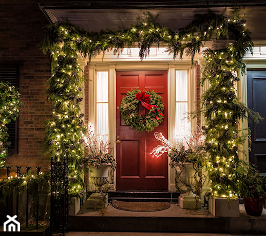 Ozdoby świąteczne zewnętrzne – 8 pomysłów na świąteczne dekoracje zewnętrzne