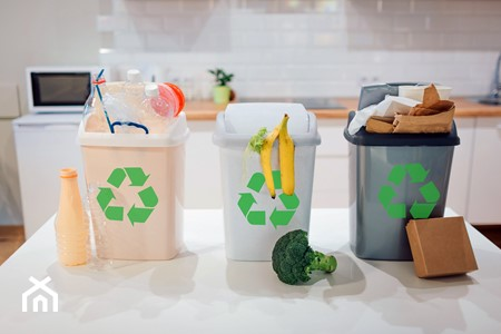 Jak segregować śmieci w 2020 roku? Wyjaśniamy zasady segregacji śmieci