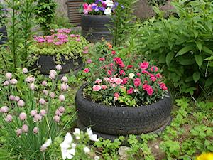 Ozdoby z opon – jak wykorzystać opony w ogrodzie?