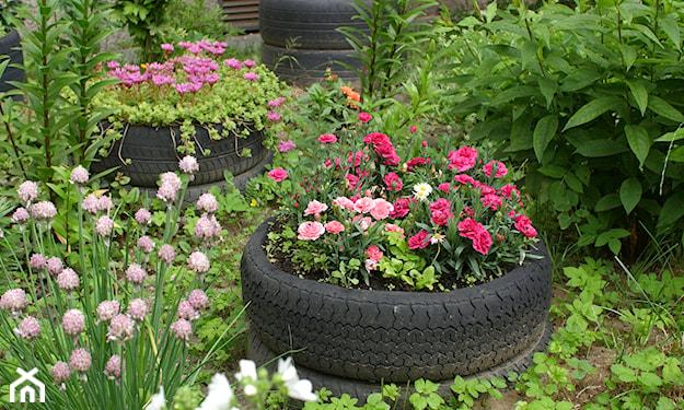 Ozdoby z opon do ogrodu