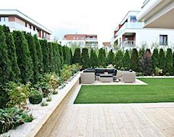 Ogród w Gdyni Orłowie - realizacja - Średni ogród za domem, styl nowoczesny - zdjęcie od Green Pro Studio